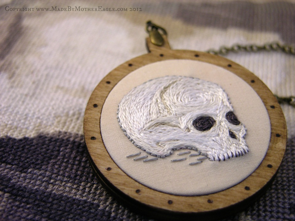 miniature skull necklace